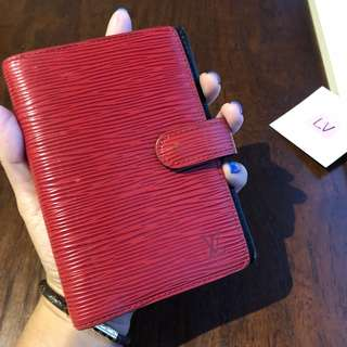 Authentic Pre Love Louis Vuitton Agenda EPI Red Black PM DC.CA0917