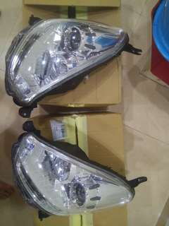 perodua myvi lagi best 1.5 2013 head lamp (left and right)