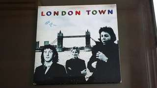 WINGS . london town. Vinyl record