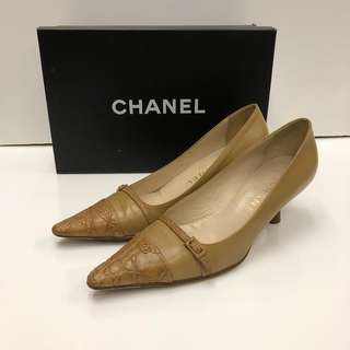 Chanel brown leather high heel size 35.5