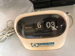Over 30 years old - Seiko digital clock