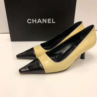 Chanel leathe High Heel size 35.5