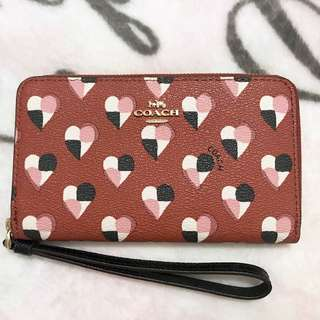 💓Coach Phone wallet 💓(with gift receipt)