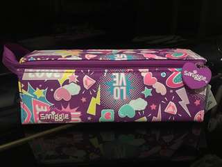 Smiggle chirpy Pencil case