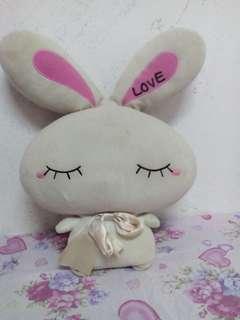 Arnab Putih