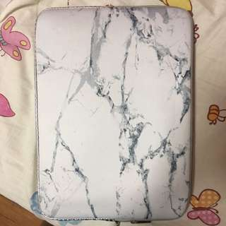 marble macbook air neoprene casing