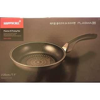 🚚 [韓國HAPPYCALL]鈦電晶工法高強度頂級不沾平底鍋-20cm