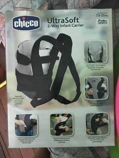 Brand new and unused CHICCO Chakra carrier