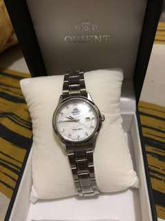 Orient datejust with diamonds ladies watch MOP dial with box and paper