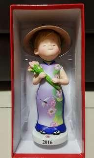 Takashimaya Rose Chan doll - Vietnamese