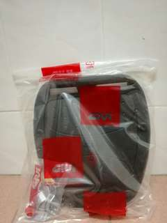GIVI BOX PLATE WITH SCREW SET