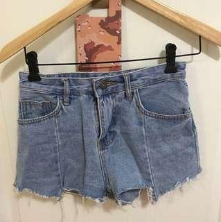 🚚 牛仔短褲S
