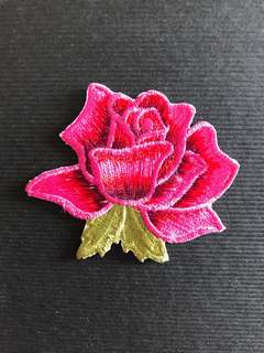 Bn pink rose Embroidered iron on patch