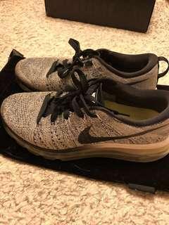 二手正品 Nike flyknit MAX 銀色衝浪手 雪花灰
