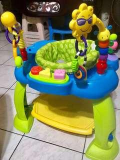 寶寶跳跳旋轉椅