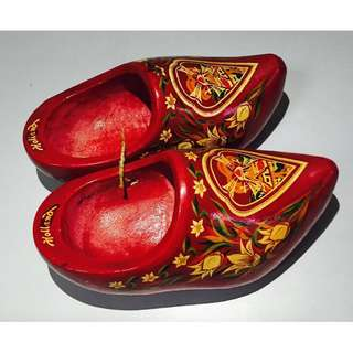 Vintage Holland Dutch Wooden Shoes Mini Hand Painted Carved