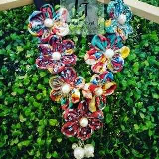 Kalung batik