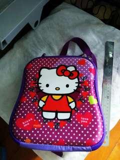Hello Kitty 兒童硬背囊