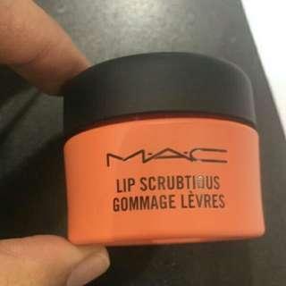 MAC Lip Scrubtious (Candied Nectar)