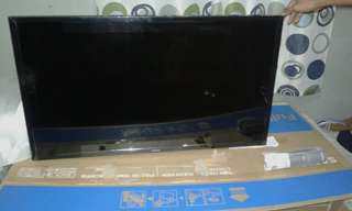 "Samsung 40"" flat screen Tv. 5series/M5000"