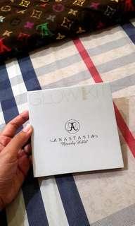 Anastasia Beverly Hills Glow Gleam Kit