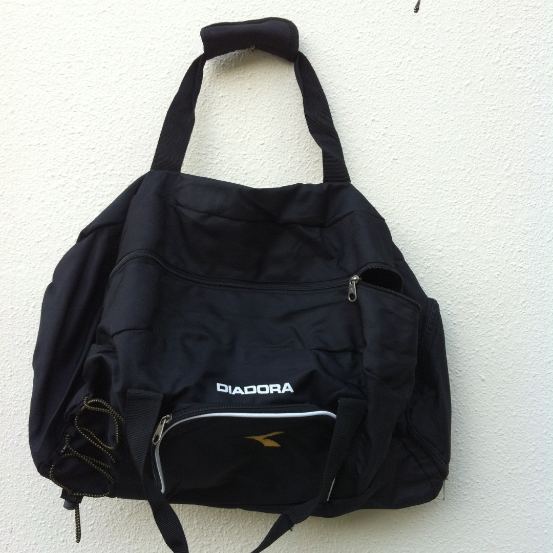 b5860be4 Diadora gym bag. brand new and never used yet. Dimension is 53 x 30 x 33cm.