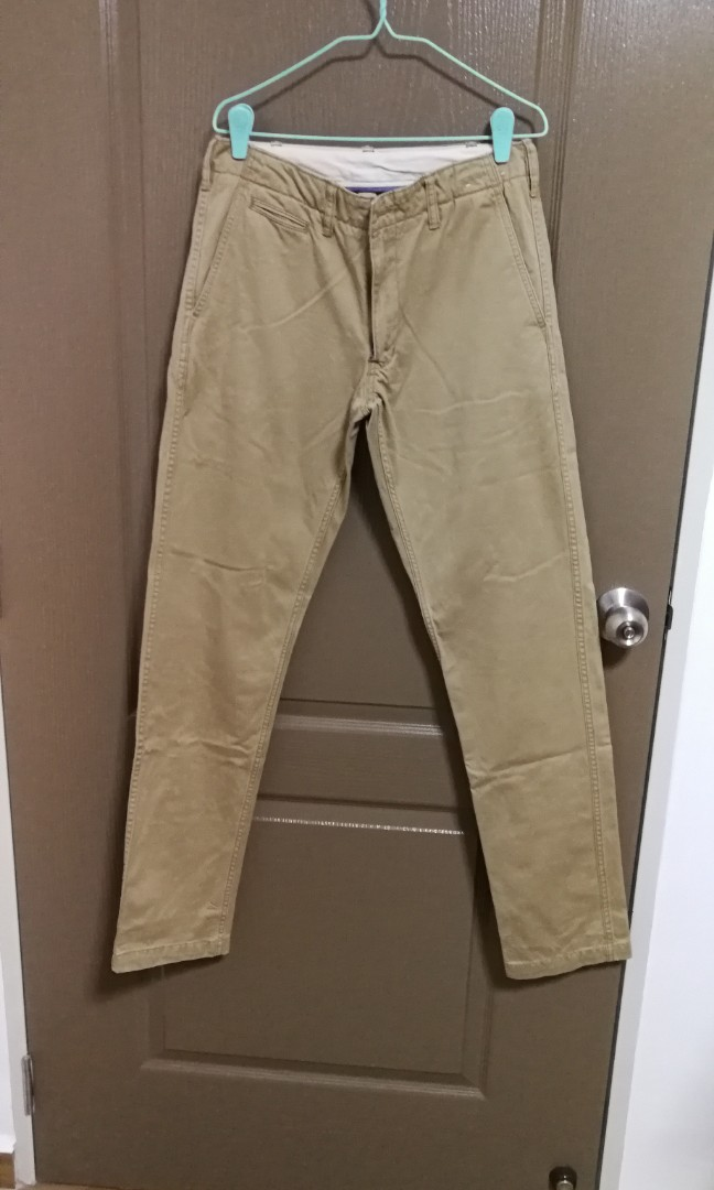 46257e9267afb Chino pants (size 76cm), Men's Fashion, Clothes, Bottoms on Carousell
