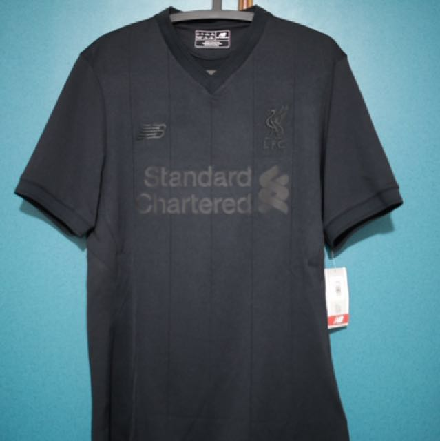competitive price 45344 511ef Liverpool FC Pitch Black Kit (limited edition), Sports ...