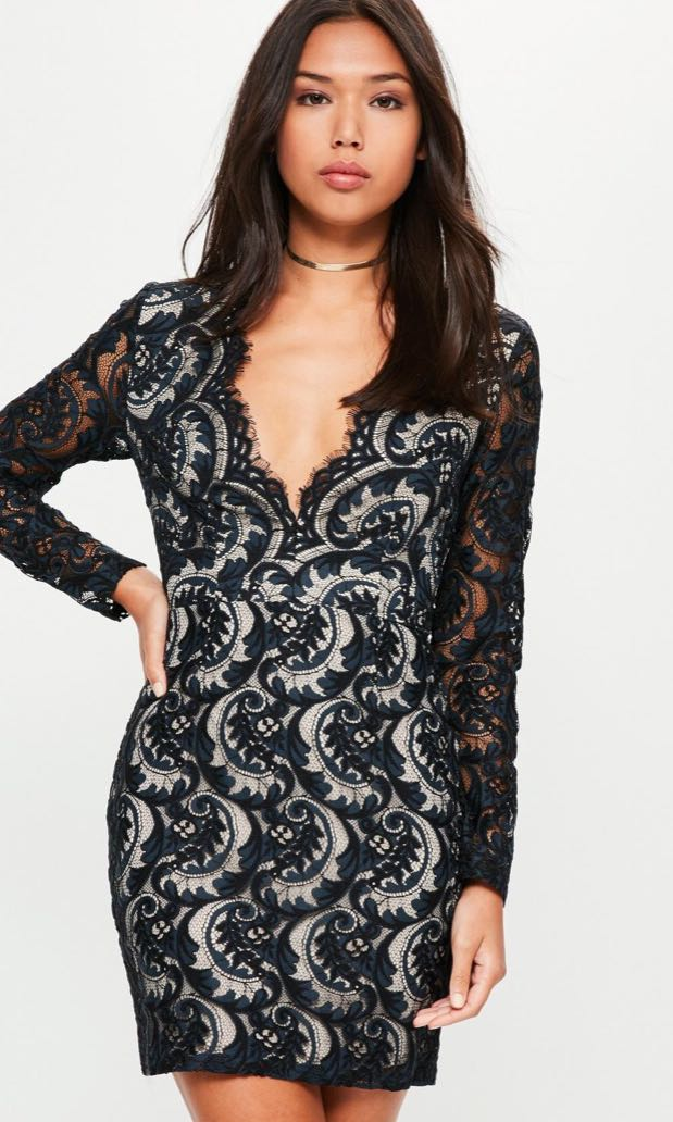 ❄️Missguided Size 8 Navy Lace Plunge Scallop Bodycon Dress