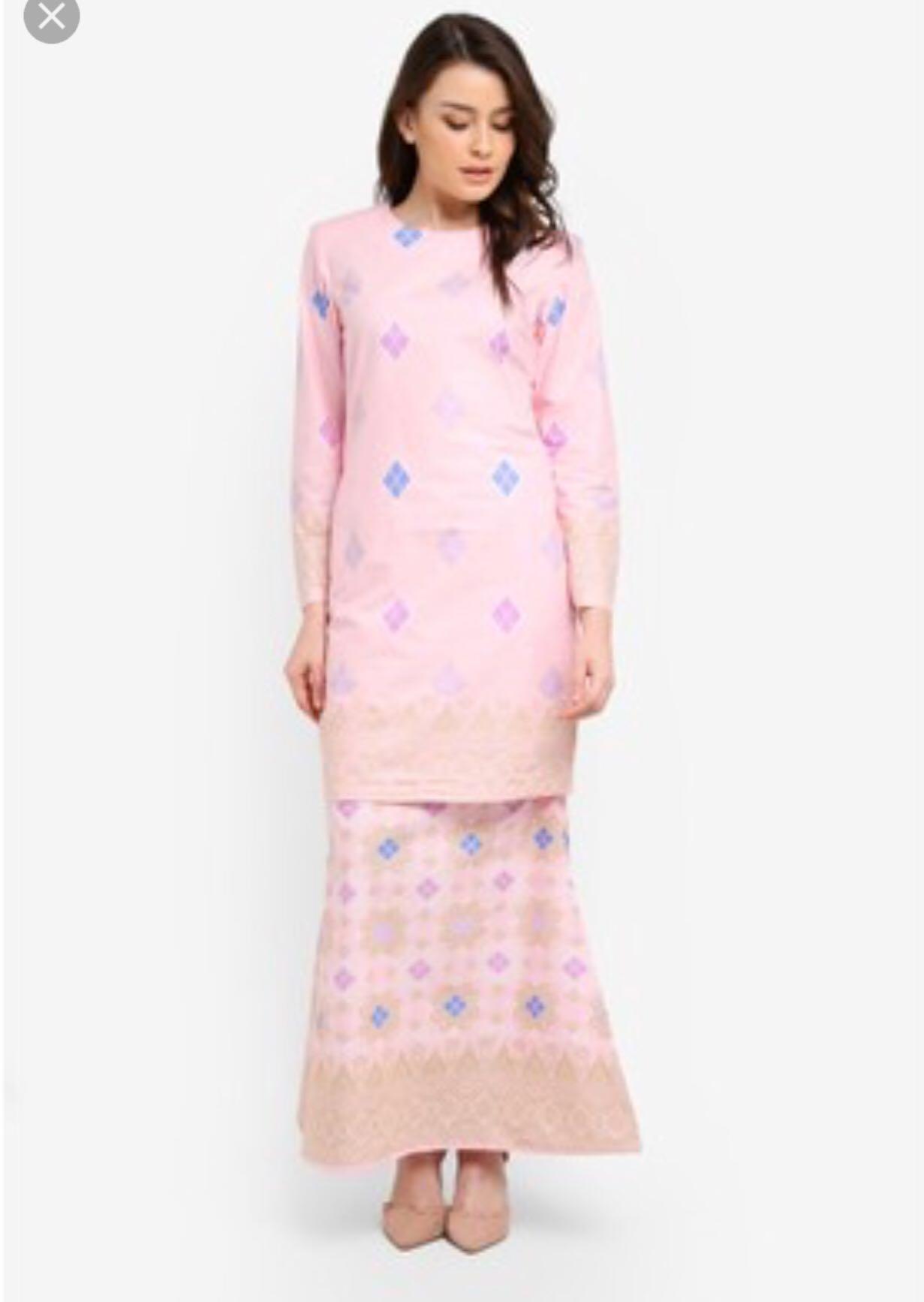 Modern baju kurung with songket print womens fashion muslimah fashion on  carousell jpg 1231x1734 Modern songket 108505bc14