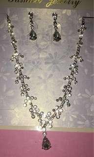 BN Necklace set