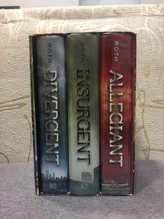 Divergent Trilogy Hardcover Book Set