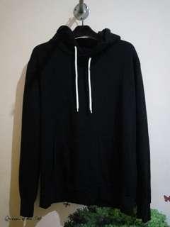 Pullover hoodie black