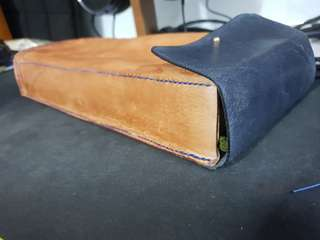 Leather travel case for 60% keyboards