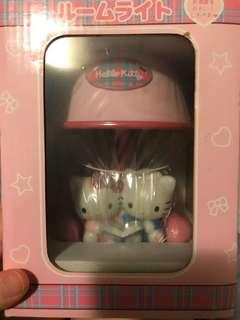 Hello Kitty sanrio 限量版 2004年 坐枱燈