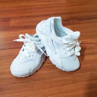 全新NIKE白武士鞋