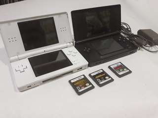 Nintendo DS Lite with 3 free games and 110v charger