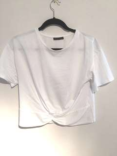 White box fit shirt w/ knot