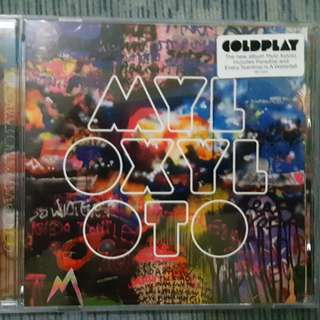 Coldplay (Mylo Xyloto, Parachures, and Viva la Vida)