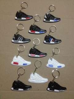 Gantungan kunci sepatu