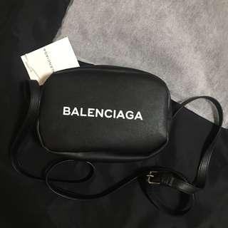 Balenciaga 巴黎世家側背(黑色)小方包