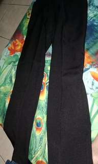 Pants pregnant