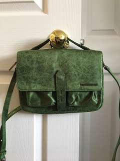 Matt & Nat Crossbody Bag