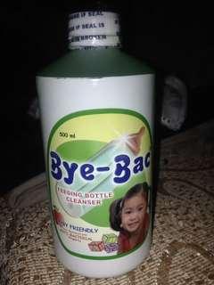 Bottle cleanser