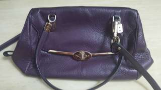 Reduced price.....Handbeg Coach Ori
