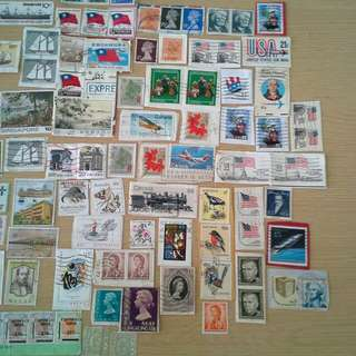 One lot different countries' stamp 不同國家郵票