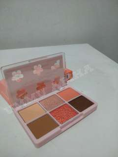 Chica y chico spring palette Instock! 1 piece only