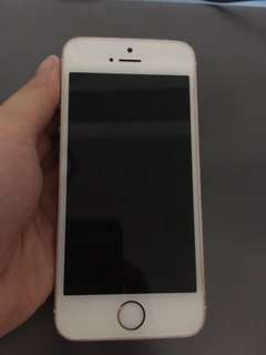 Iphone se (rose gold)