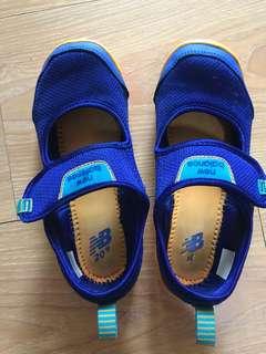 newbalance兒童運動涼鞋-19cm