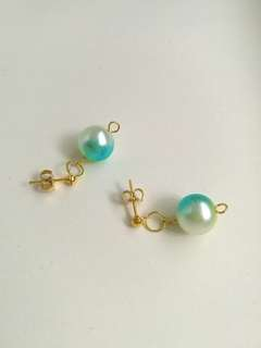 Ear Stubs Gold Color with The Greenish- to- Bluish Dangling Earrings faux pearl EB009